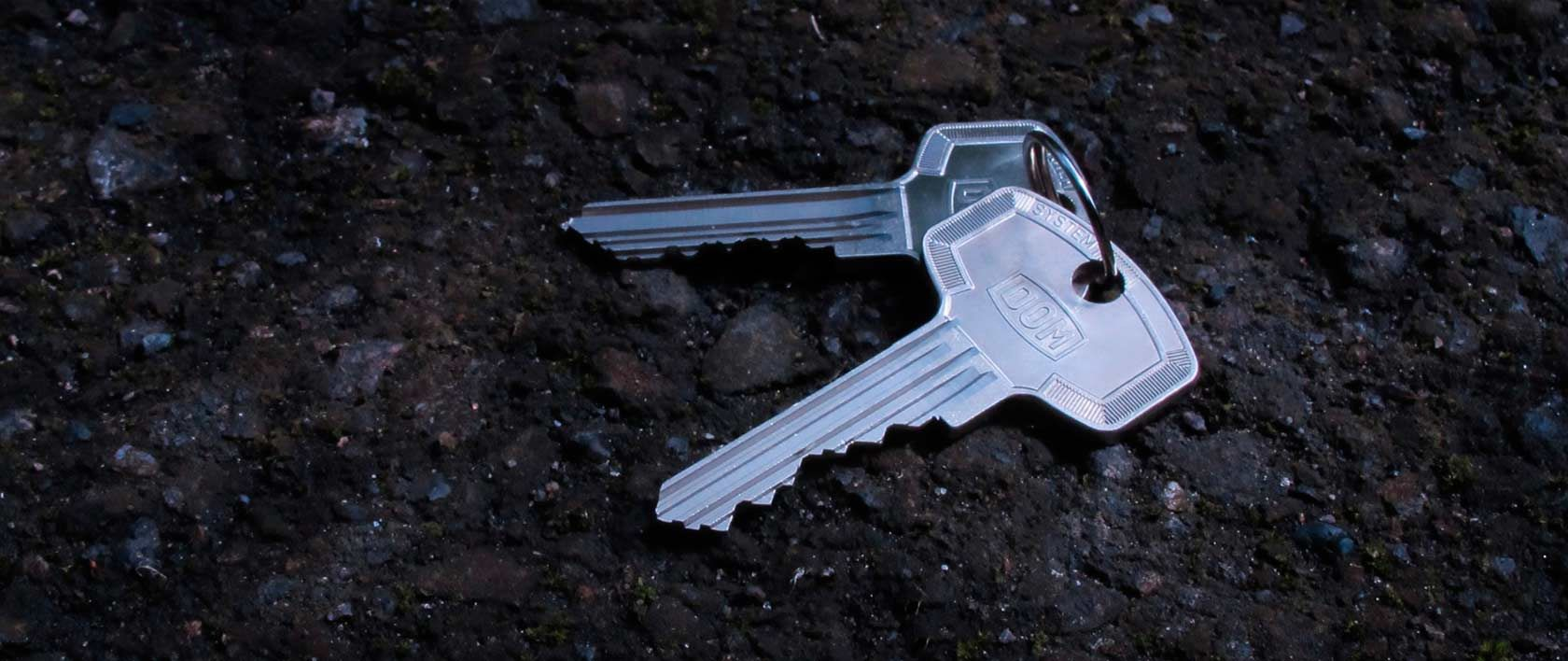 keys on the ground