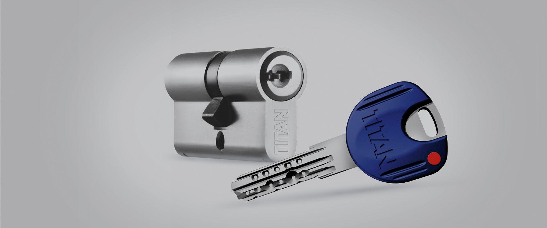 K66 cylinder and key