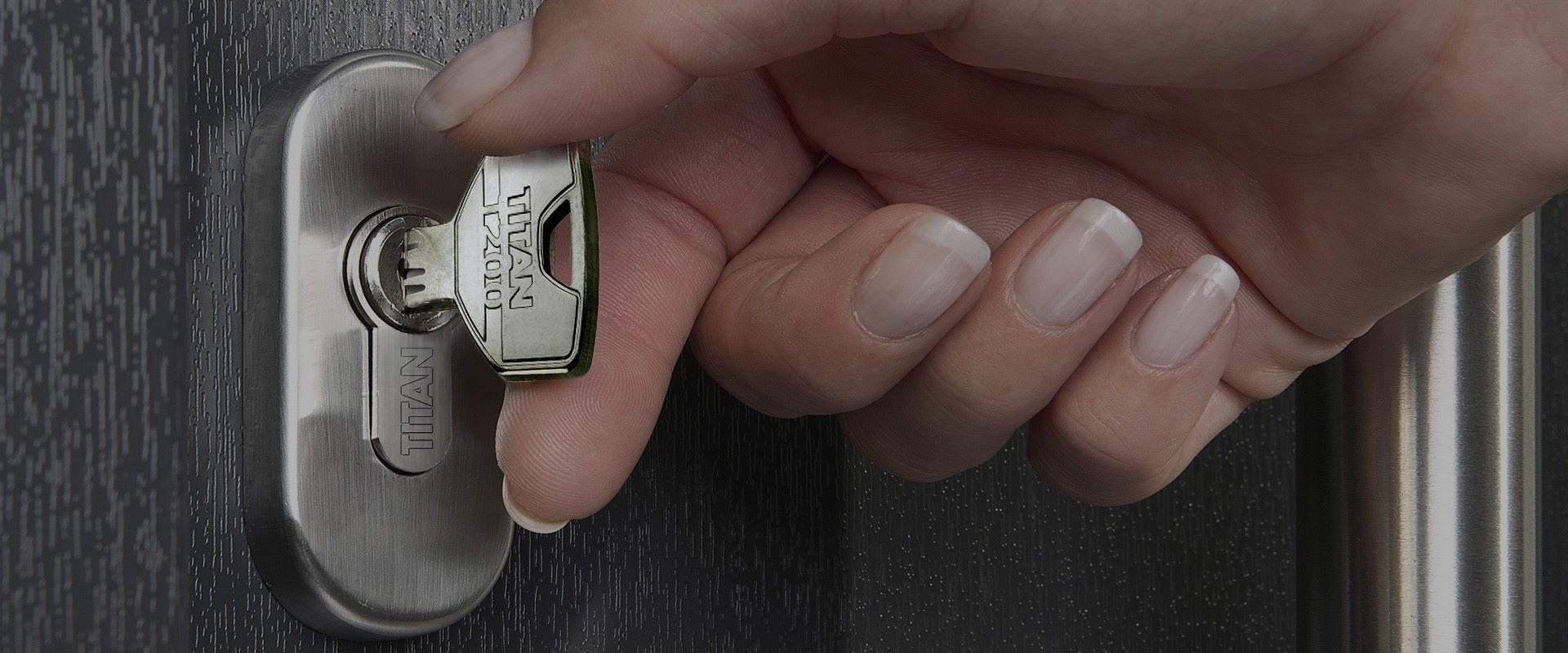 T200 key in cylinder